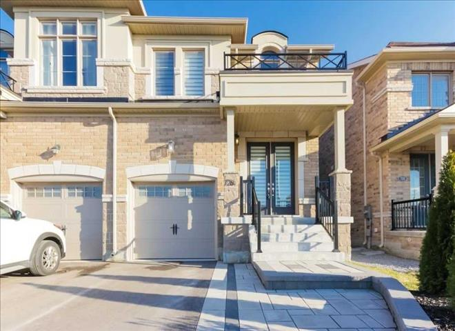 726 Yarfield Cres