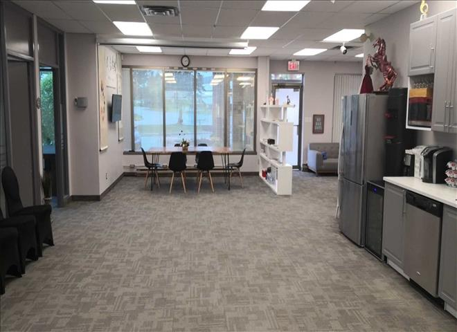 20 Valleywood Dr
