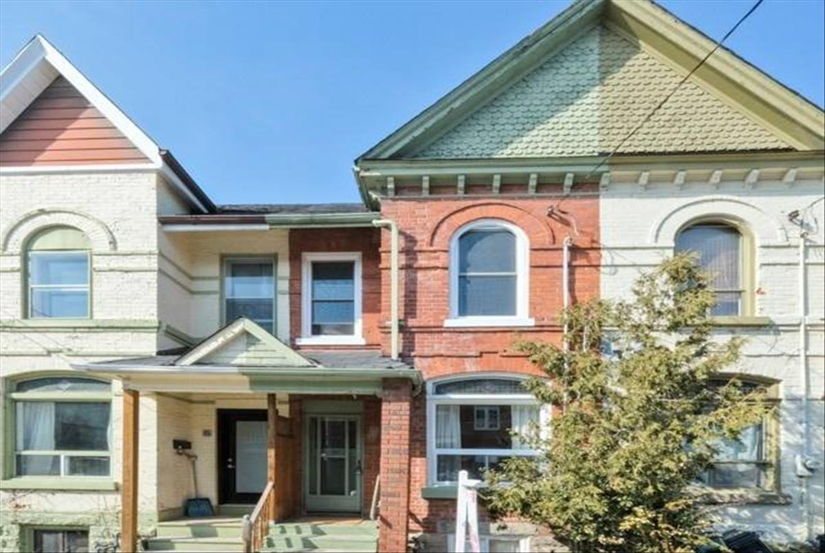 14 Collahie St Toronto RE/MAX Hallmark Group of Companies