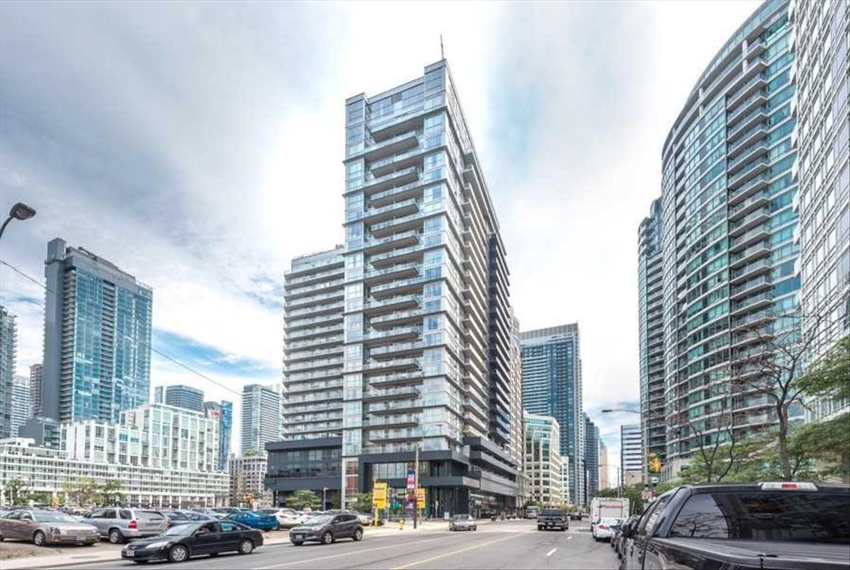 352 Front St W Toronto RE/MAX Hallmark Group of Companies
