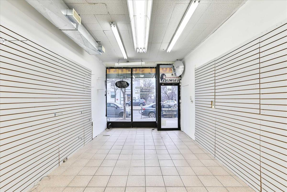 802 St Clair Ave W Toronto RE/MAX Hallmark Group of Companies