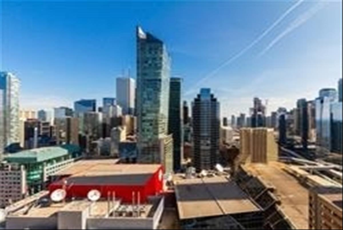 300 Front St W Toronto RE/MAX Hallmark Group of Companies