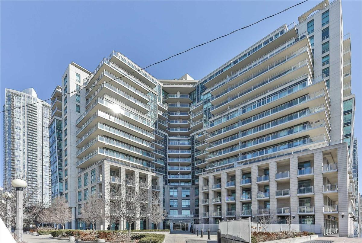 410 Queens Quay W Toronto RE/MAX Hallmark Group of Companies