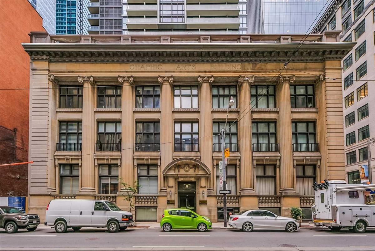 73 Richmond St W Toronto RE/MAX Hallmark Group of Companies