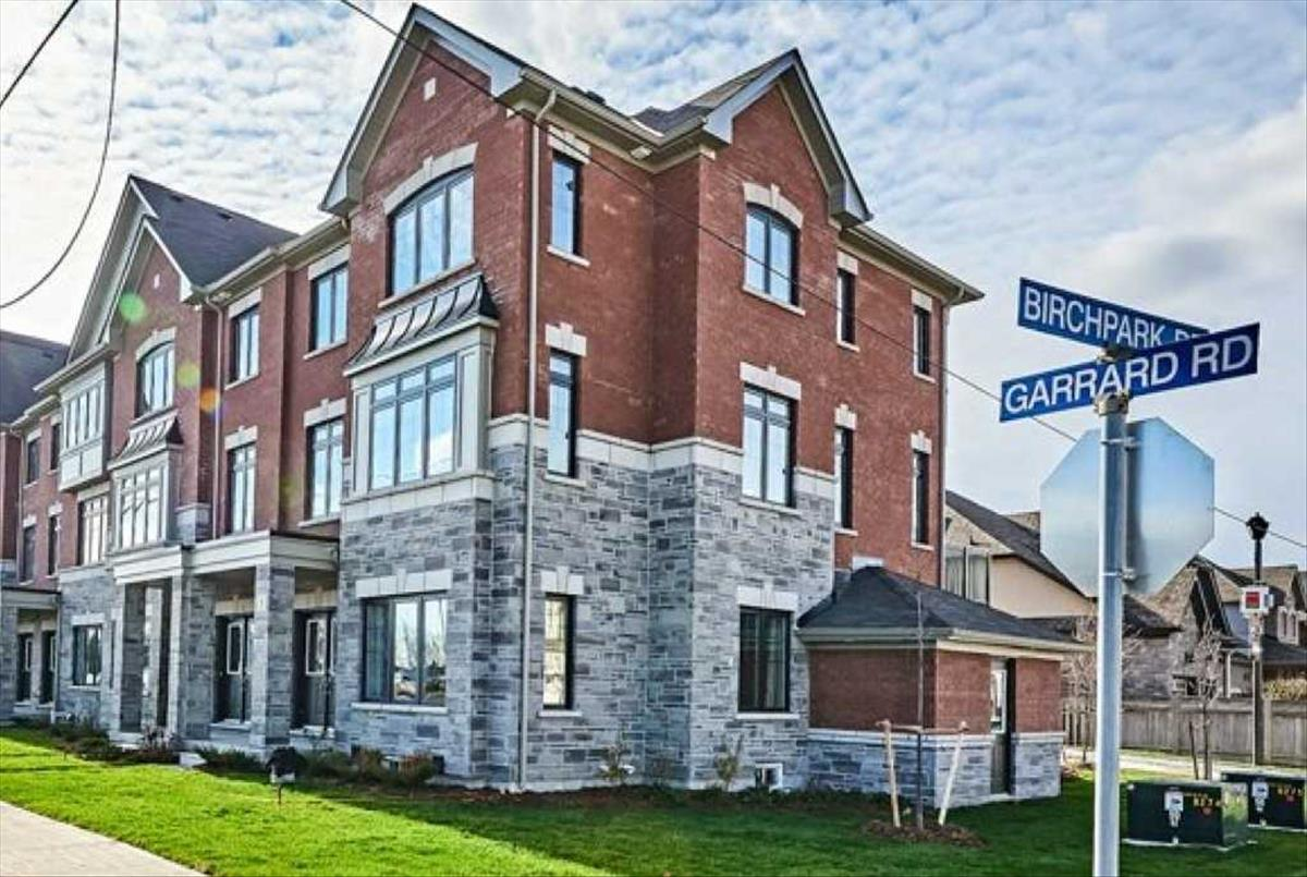 3 Wandering Way Whitby RE/MAX Hallmark Group of Companies